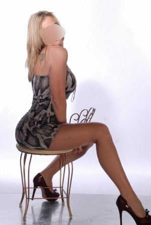 Loona escort in West Falls Church