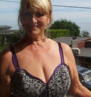 Gersende live escorts in Eureka California
