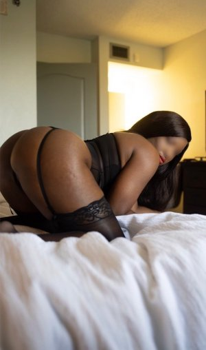 Guillaine escort girl