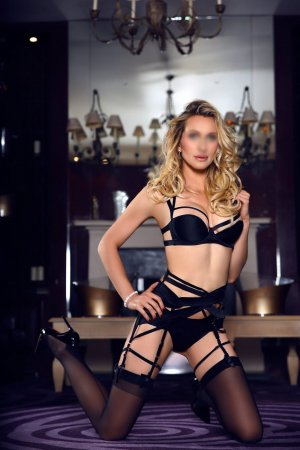 Anne-benedicte escorts
