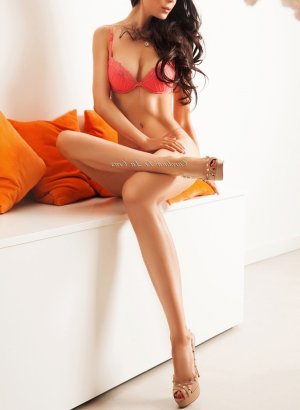 Khalissa asian escort girls in Taos